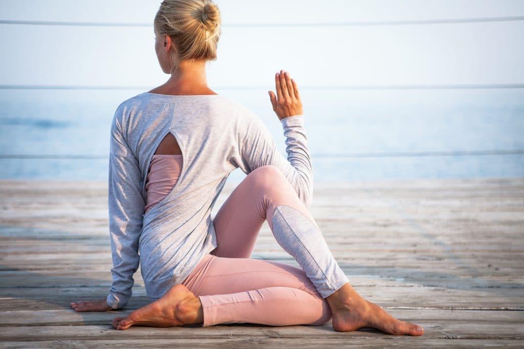 Une séance de yoga, pour se recentrer sur soi