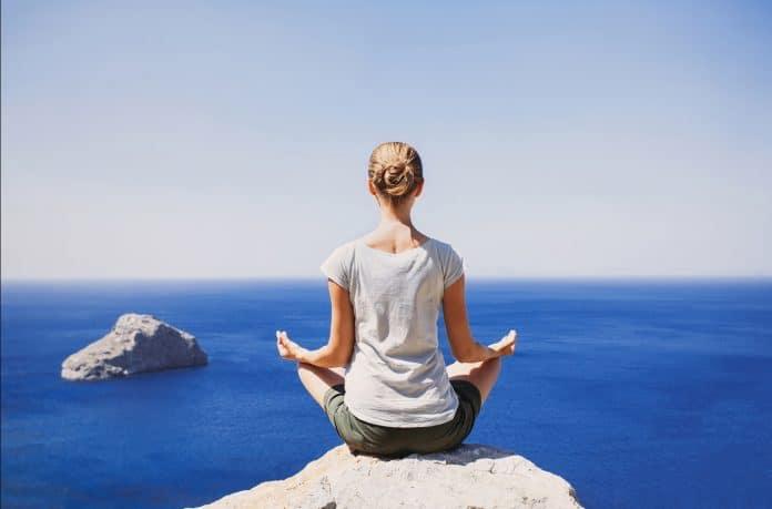 Bien-être : des études démontrent que la spiritualité aide à surmonter le stress