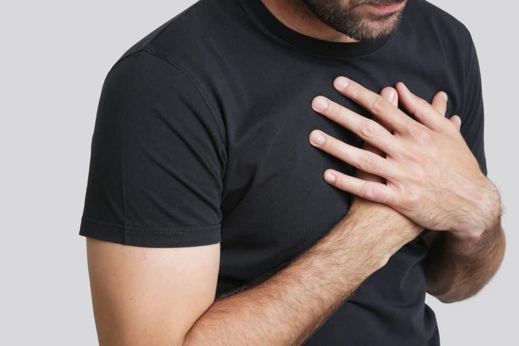 Qu'est-ce qui peut provoquer un arrêt cardiaque?