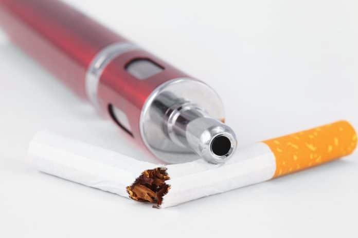La cigarette électronique est-elle un bon moyen d'arrêter de fumer ?