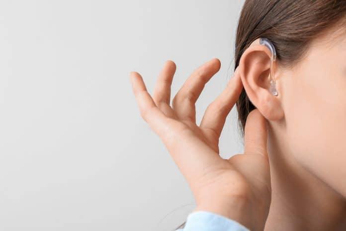 Comment choisir son aide auditive ?