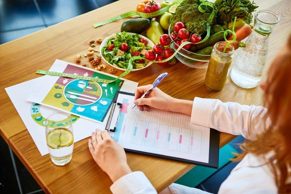 La formation BTS diététique à distance : quels sont ses avantages ?