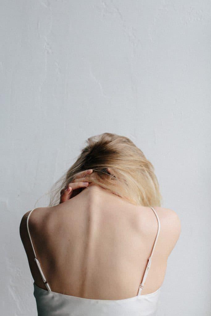 Les causes du mal de dos la nuit
